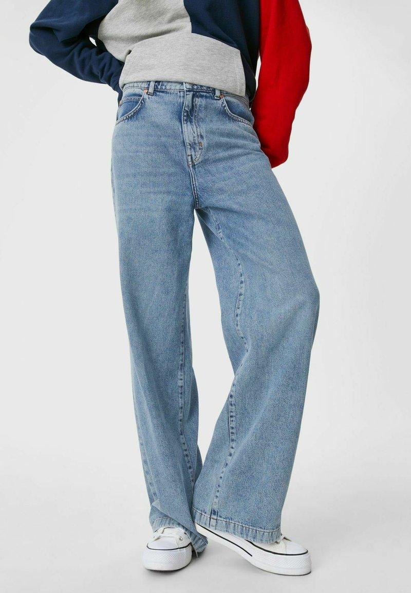 C&A - ARCHIVE - Bootcut jeans - denim light blue