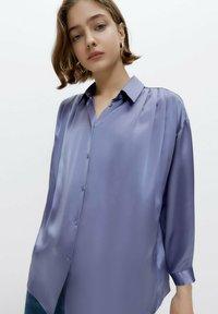 Uterqüe - Button-down blouse - light blue - 3