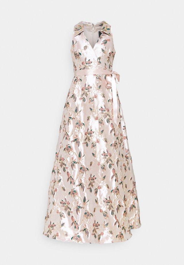 HALTER GOWN - Společenské šaty - mellow blush