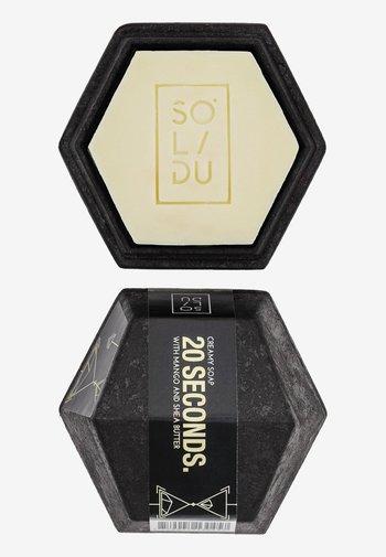 SOAP 20 SECONDS. - Soap bar - white