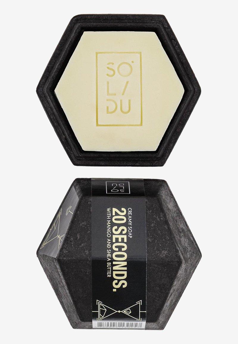 Solidu - SOAP 20 SECONDS. - Soap bar - white