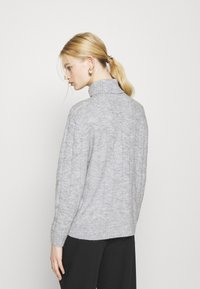 Even&Odd - CABLE LONG LINE - Jersey de punto - mottled light grey - 2
