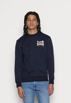 LOGO ARTWORK FELPA - Sweatshirt - dark blue