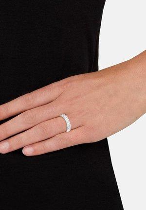 Ring - weiß