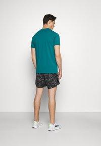 Black Diamond - STACKED LOGO TEE - Print T-shirt - teal - 2