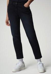 Napapijri - MULLEY - Relaxed fit jeans - blu marine - 0