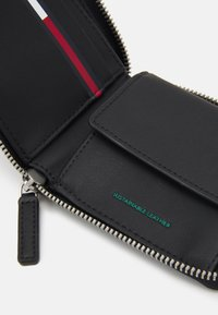 Tommy Jeans - ESSENTIAL WALLET UNISEX - Wallet - black - 3