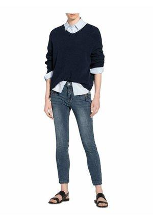 Slim fit jeans - rough denim