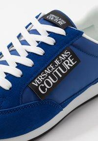 Versace Jeans Couture - Tenisky - blue - 5