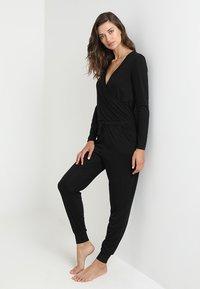 Anna Field - ALINE  ONESIE  - Pyjamas - black - 1