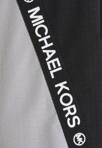 MICHAEL Michael Kors - COLOR BLOCK WITH ATTACHED HOOD - Classic coat - black nickel - 5