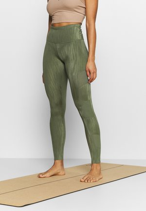 MAKE ME ZEN LEGGING - Punčochy - four leaf clover