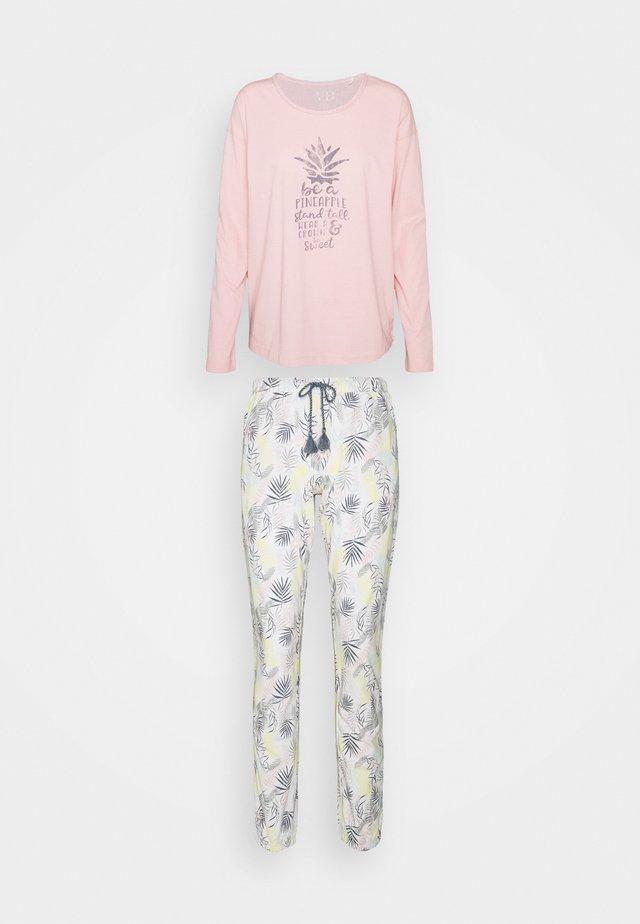 Pyžamo - light pink