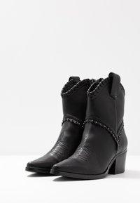 Tata Italia - Cowboystøvletter - black - 4