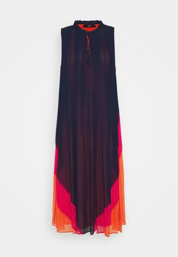 RIVIERA PLEATED DRESS