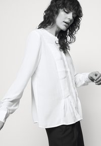 Bruuns Bazaar - CAMILLA MAY  - Blouse - white - 3
