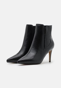 Buffalo - MAKENNA - Ankle boots - black - 2