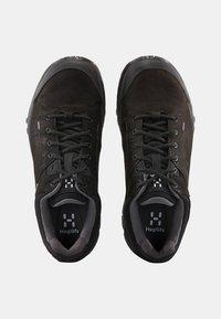 Haglöfs - HIKINGSCHUH RIDGE GT WOMEN - Hiking shoes - true black - 2