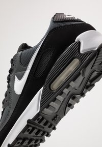 Nike Sportswear - AIR MAX 90 - Sneakers - black/white/metallic silver - 5