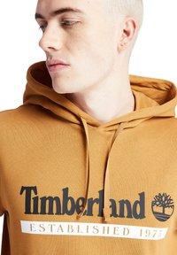 Timberland - YC ESTABLISHED - Hoodie - wheat boot/white - 4