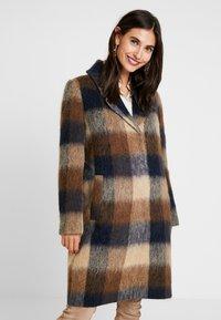Levete Room - GIBY - Zimní kabát - dachshund combi - 0