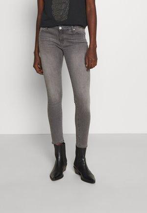 ANKLE - Jeans Skinny Fit - grey denim