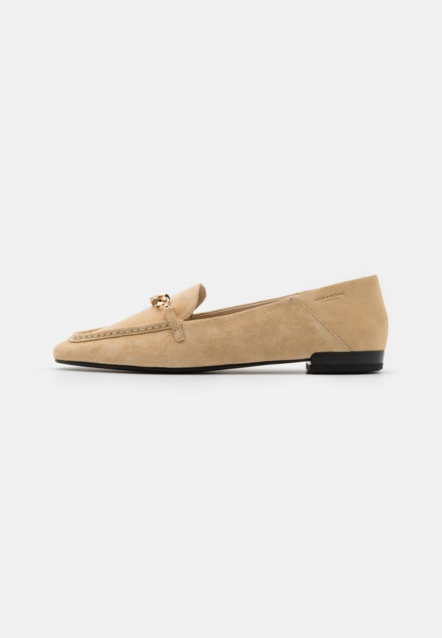 CLEO - Slip-ons - butter