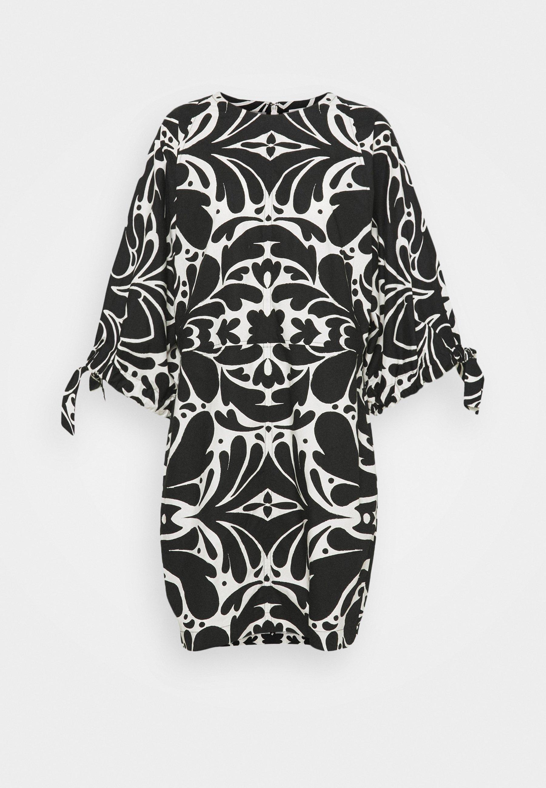 Women LOVARIN - Day dress