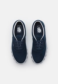 Vans - ERA UNISEX - Sneakersy niskie - dress blue/true white - 3