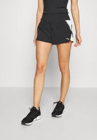 Puma - RUN LITE SHORT - Pantalón corto de deporte - black/fizzy yellow - 0