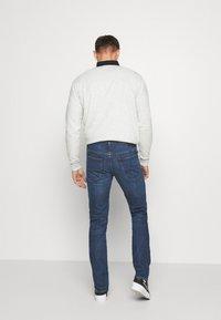 Lee - DAREN ZIP FLY - Jeans straight leg - mid foam - 2