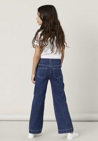 Name it - Flared Jeans - medium blue denim - 1