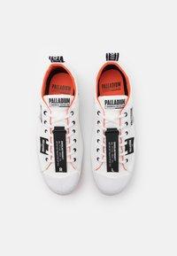 Palladium - PALLAPHOENIX OVERLAB UNISEX - Sneakers laag - white - 3