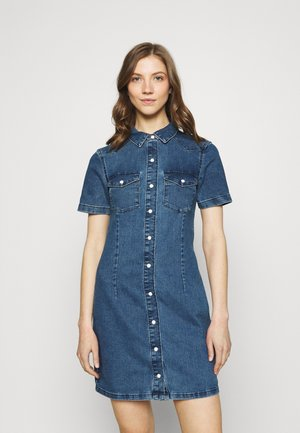 JDYNEWSANNA LIFE DRESS - Vestido vaquero - medium blue denim
