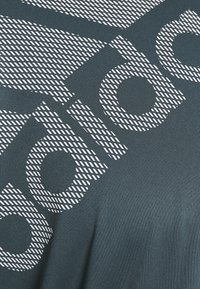 adidas Performance - T-shirt con stampa - dark blue - 5