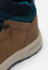 Finkid - LOIKKA UNISEX - Scarpa da hiking - navy/seaport - 5