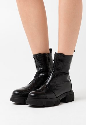 EMY - Platform ankle boots - cocco nero