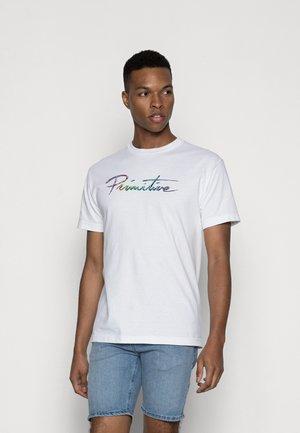NUEVO LIQUID TEE - T-shirt print - white