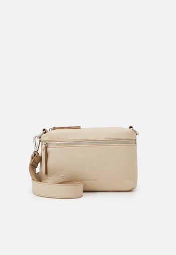 SUMMER LOVE - Across body bag - beige