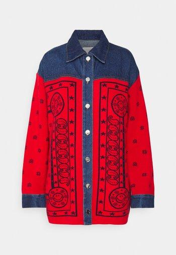 Denim jacket - marine/rouge