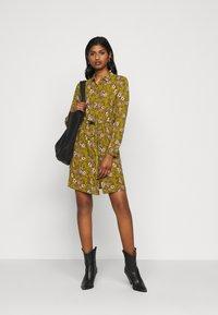 Vero Moda Petite - VMSAGA  - Shirt dress - fir green/stasia - 1