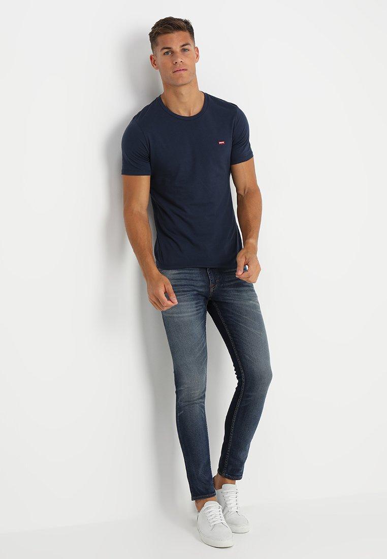 Levi's® - CREWNECK TEE 2 PACK - T-shirt - bas - two pack crew dress blues + dress blues