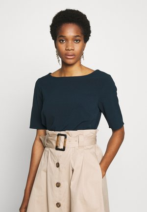 YASCLADY SPRING BOATNECK TOP - Camicetta - carbon