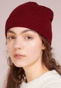 Johnstons of Elgin - CASHMERE BEANIE - Beanie - cabernet - 3