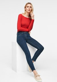 comma - Long sleeved top - red - 5