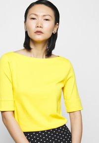 Lauren Ralph Lauren - JUDY - Basic T-shirt - athletic gold - 3