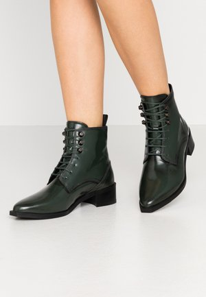 ELITE SQUARE MIDCUT - Lace-up ankle boots - dark green