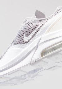 Nike Sportswear - AIR MAX MOTION 2  - Trainers - atmosphere grey/white - 2