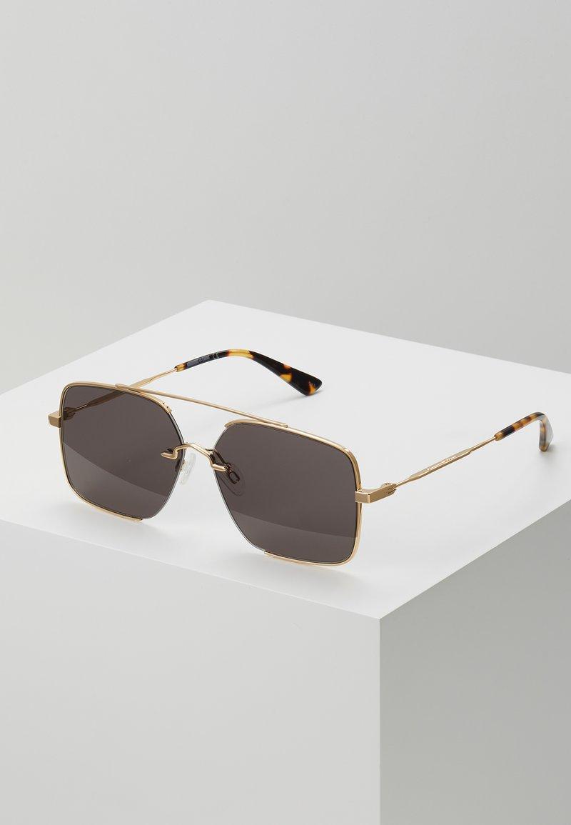 McQ Alexander McQueen - Okulary przeciwsłoneczne - gold-coloured/green