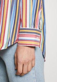GANT - STRIPE - Button-down blouse - warm sun - 6